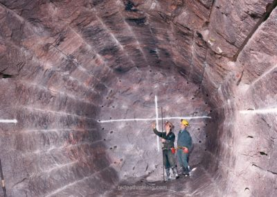 2 Redpath employees work on-site at the AECL Underground Research Facility in Canada.